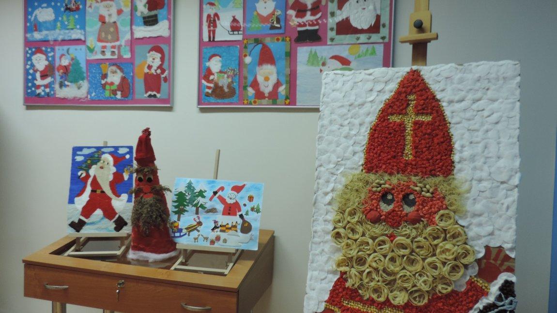 Prace przedszkolaków przedstawiające św. Mikołaja